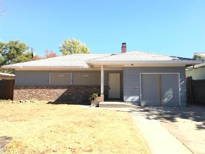 Sacramento Single Family Home For Sale: 2120 Bell Street