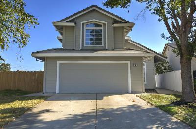 Sacramento CA Single Family Home For Sale: $339,900