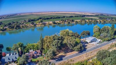 Sacramento Residential Lots & Land For Sale: 2553 Garden Highway