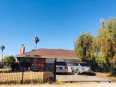 Sacramento Single Family Home For Sale: 7791 Othel Way