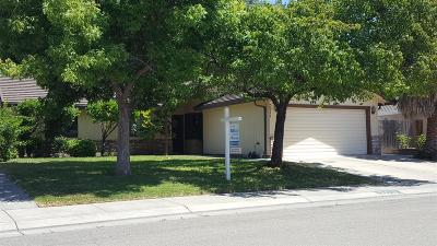 Stockton Single Family Home For Sale: 3011 Old Ranch Circle