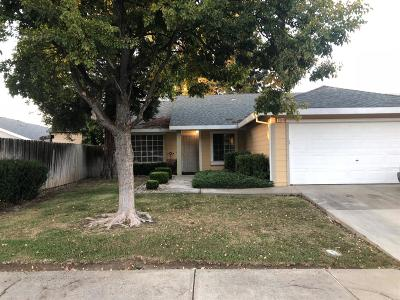 Sacramento Single Family Home For Sale: 8501 Larchmont Oak Way