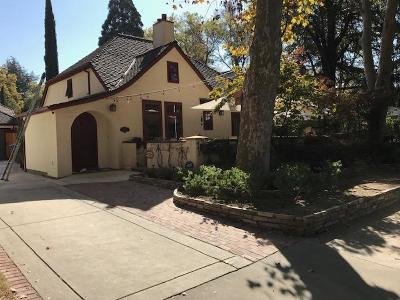 Sacramento County Single Family Home For Sale: 443 33rd Street
