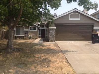 Sacramento Single Family Home For Sale: 5207 Jacinto Avenue