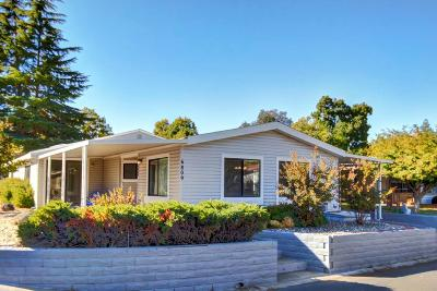 Citrus Heights Mobile/Manufactured For Sale: 6809 Lake Cove Lane