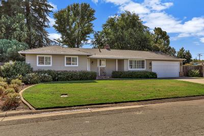 Orangevale Single Family Home For Sale: 9410 Shumway Drive