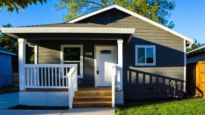 Sacramento Single Family Home For Sale: 3817 7th Avenue