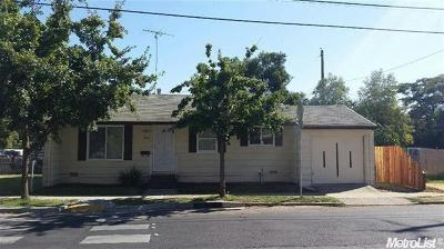 Sacramento CA Single Family Home For Sale: $239,900