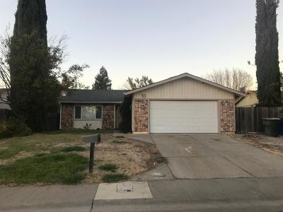 Sacramento Single Family Home For Sale: 5361 Shortway Drive