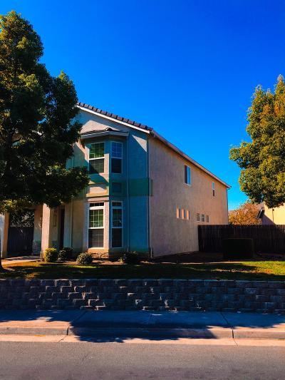 Single Family Home For Sale: 6927 Montauban Avenue
