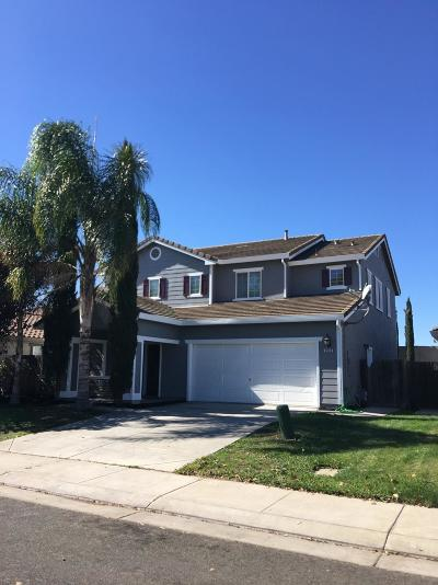 San Joaquin County Single Family Home For Sale: 4933 Betty Mae Drive