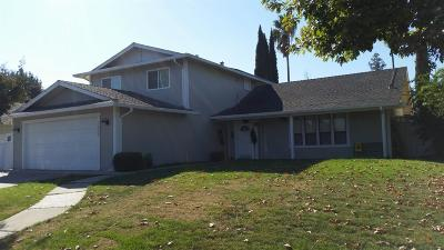 Stockton Single Family Home For Sale: 1408 Chaparral Way