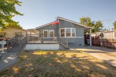 Roseville Single Family Home For Sale: 132 Hap Arnold Loop