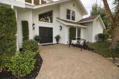 Single Family Home For Sale: 8813 North Oaks Drive