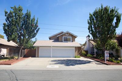 Single Family Home For Sale: 1055 Millet Way