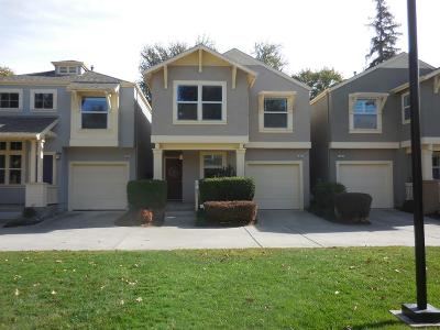Sacramento Single Family Home For Sale: 14 Metro Lane
