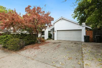 Sacramento County Single Family Home For Sale: 6155 Viceroy Way