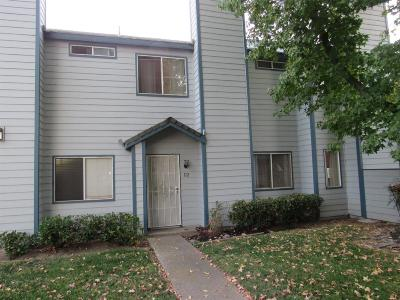 Lodi Condo For Sale: 445 Almond Drive