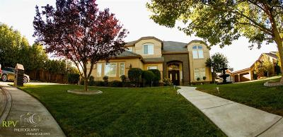 Sacramento Single Family Home For Sale: 8160 Scenic Trails Way