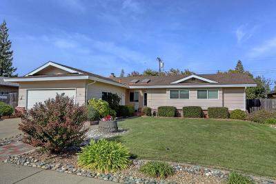 Roseville Single Family Home For Sale: 615 Jo Anne Lane