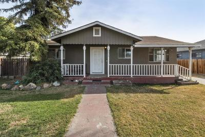 Escalon Single Family Home For Sale: 1616 Pioneer Street