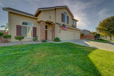 Los Banos  Single Family Home For Sale: 671 Willow Way