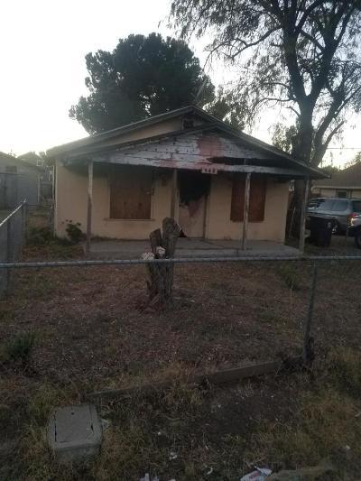Stockton Single Family Home For Sale: 345 South Adelbert