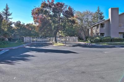 Rancho Cordova Condo For Sale: 11150 Trinity River