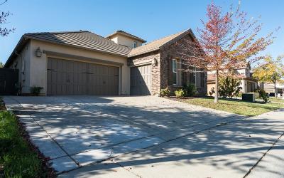 Rancho Cordova Single Family Home Pending Sale: 5110 Otter Pond