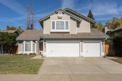 Roseville Single Family Home For Sale: 630 Vernon Oaks Drive