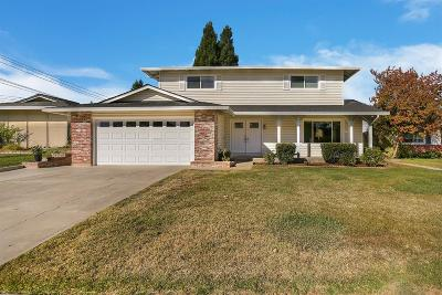 Citrus Heights Single Family Home For Sale: 6433 Woodhills Way