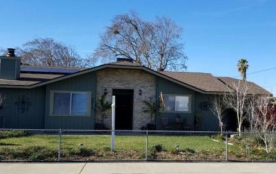Escalon Single Family Home For Sale: 2017 Franklin Street