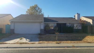 Sacramento County Single Family Home For Sale: 8768 Tiogawoods Drive