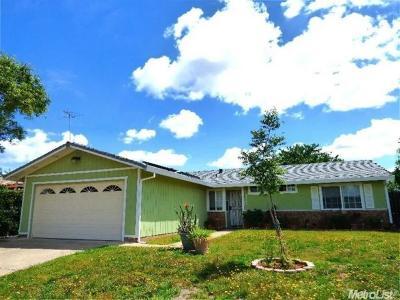 Rancho Cordova Single Family Home For Sale: 3247 Nosler Court