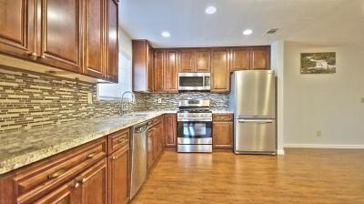 Sacramento Single Family Home For Sale: 8665 Tea Garden Court