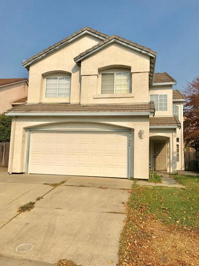 Elk Grove Single Family Home For Sale: 7909 Bonny Downs Way