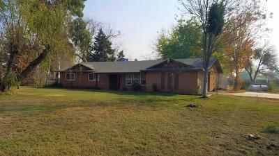 Galt Single Family Home For Sale: 13435 Sargent