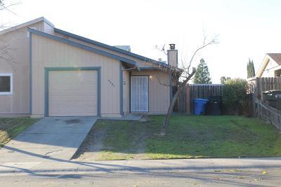 Sacramento Single Family Home For Sale: 4401 Baumgart Way