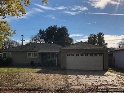 Modesto CA Single Family Home For Sale: $247,500