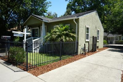 Sacramento Single Family Home For Sale: 3209 33rd Street