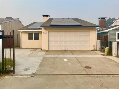 Sacramento Single Family Home For Sale: 7525 Golf Club Court