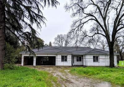 Sacramento Single Family Home For Sale: 4346 Edison Avenue