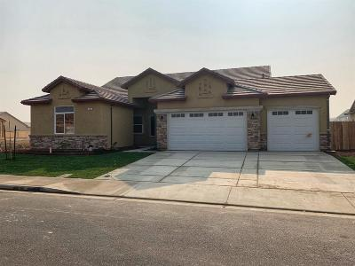 Stanislaus County, San Joaquin County Single Family Home For Sale: 332 Parliament Way