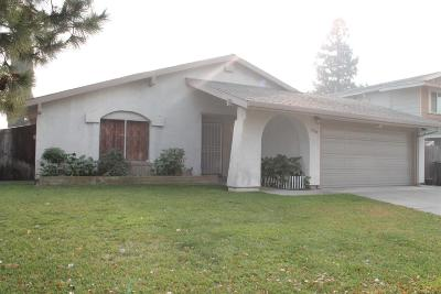 Sacramento CA Single Family Home For Sale: $285,000