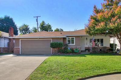 Sacramento Single Family Home For Sale: 4103 Fotos Court