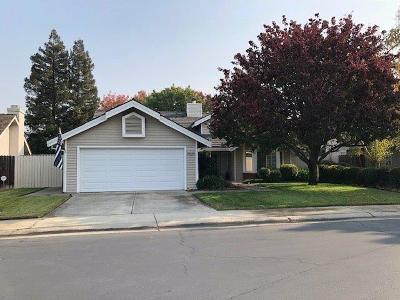 Elk Grove Single Family Home For Sale: 9529 Laguna Lake Way