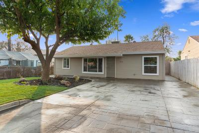Sacramento Single Family Home For Sale: 3911 Fig Street