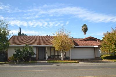 Single Family Home For Sale: 7040 Greenhaven Drive