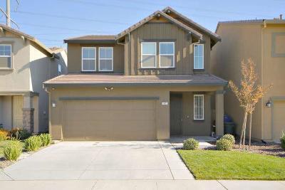Sacramento Single Family Home For Sale: 7521 Georgica Way