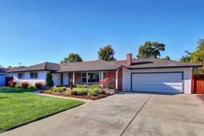 Sacramento Single Family Home For Sale: 3221 Ben Lomond